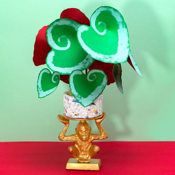 Begonia escargot hecha de papel