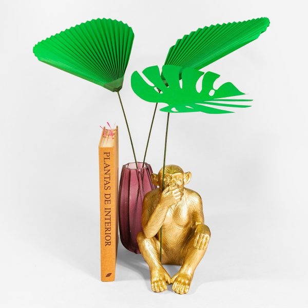jungla, plantas de papel hojas de palma y monstera