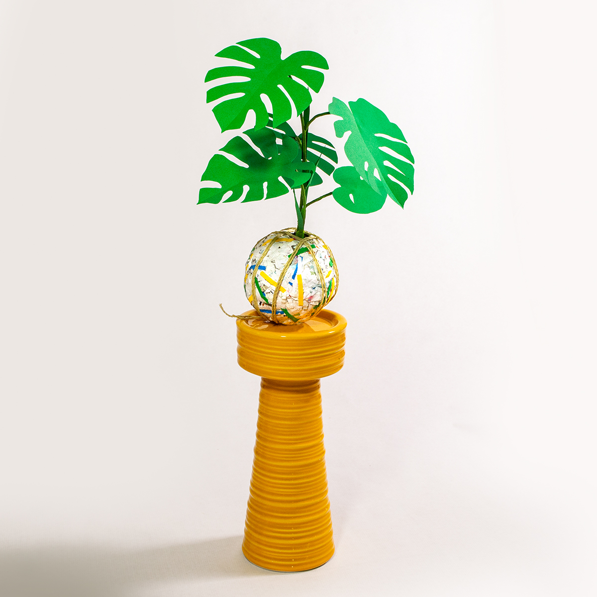 jungla, plantas de papel kokedama monstera2