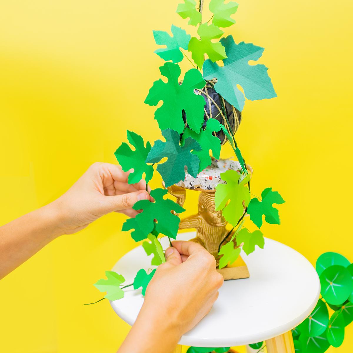 Jungla plantas de papel, detalle kokedama vid